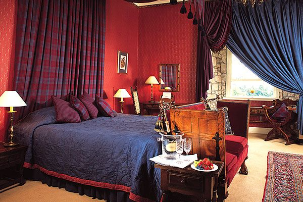 Room with Style: Scottish Spirit with a Patriotic Hotel Stay-849