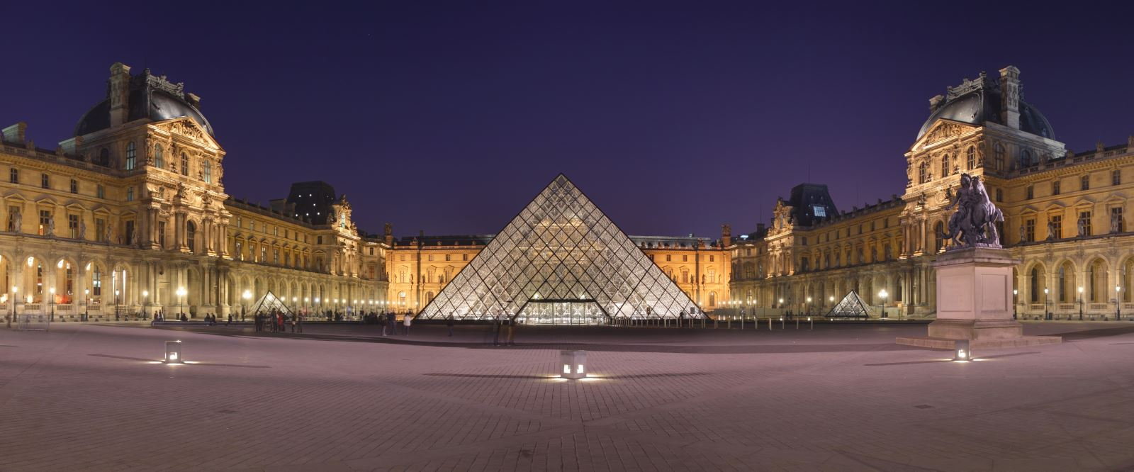 Louvre Museum Room Suggestion