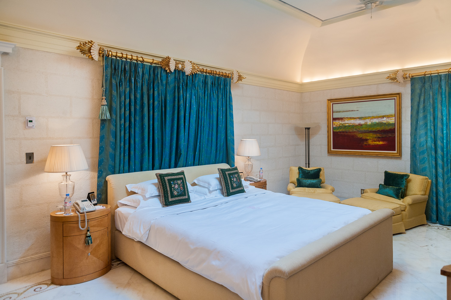 Sandy Lane suite