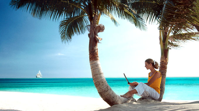 11 Must-Read Travel Blogs by Women-383