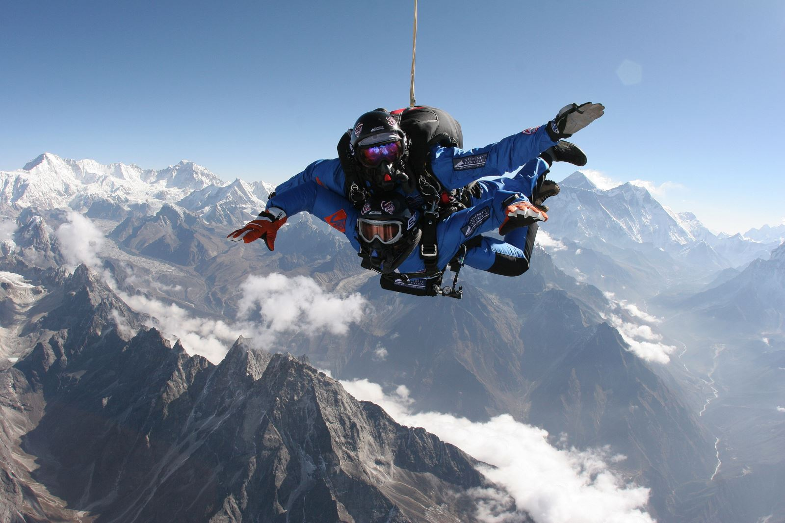 everest_skydive