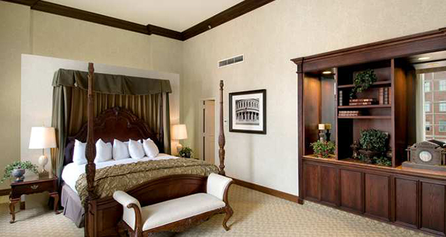 A Room in History: JFK Suite (Suite 1530) at Hilton Fort Worth-6