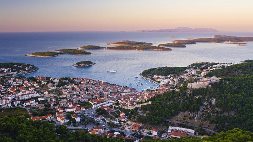 hvar-town-croatia_966x543.jpg