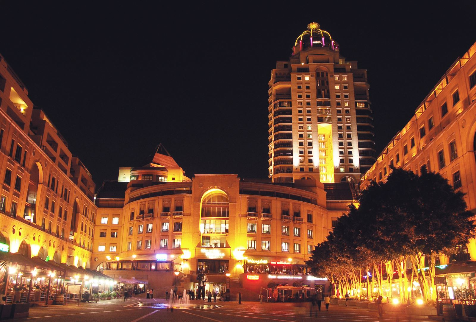 nelson-mandela-square-room-suggestion
