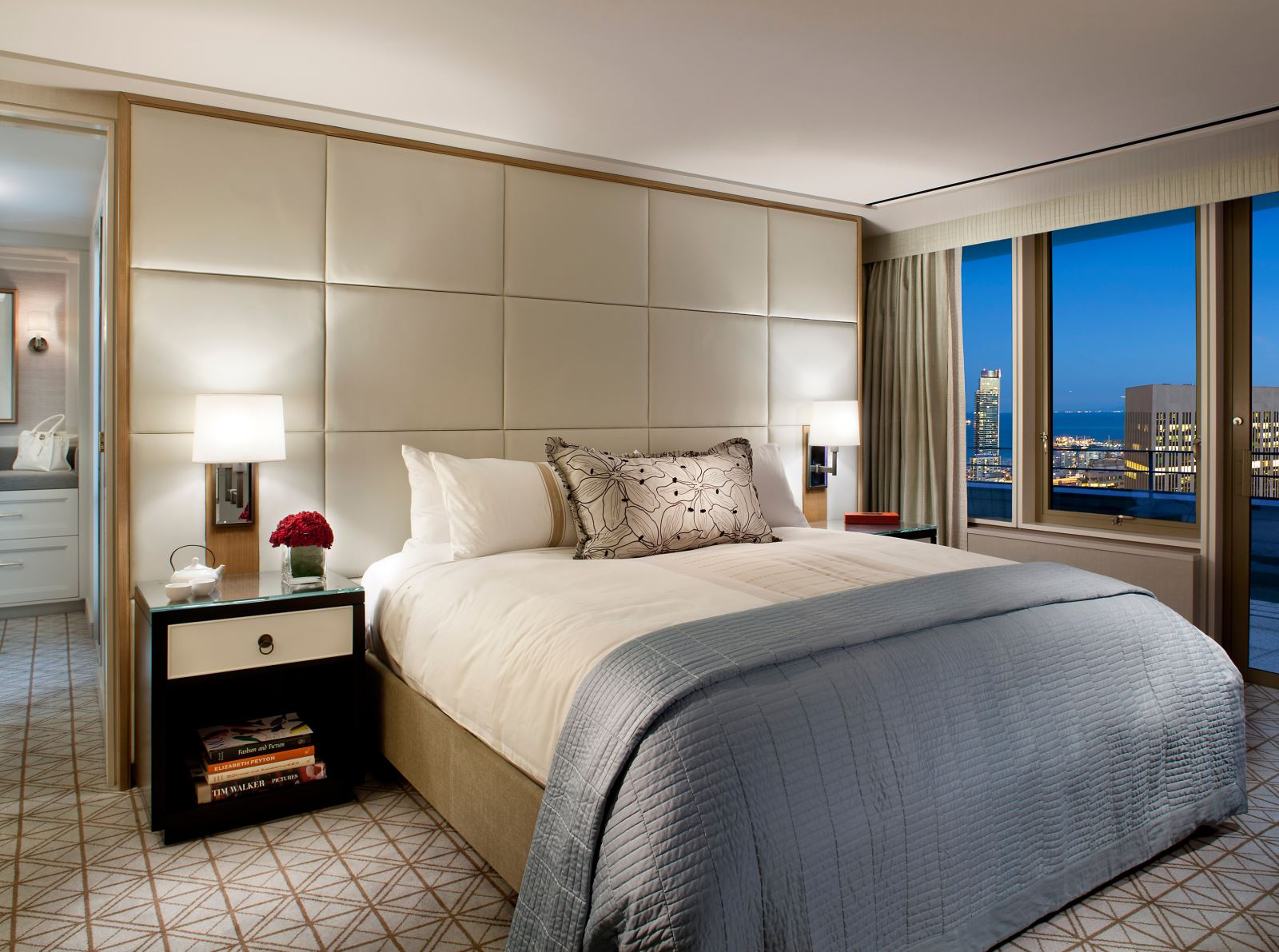 Room With A View Taipan Suite Mandarin Oriental San Francisco