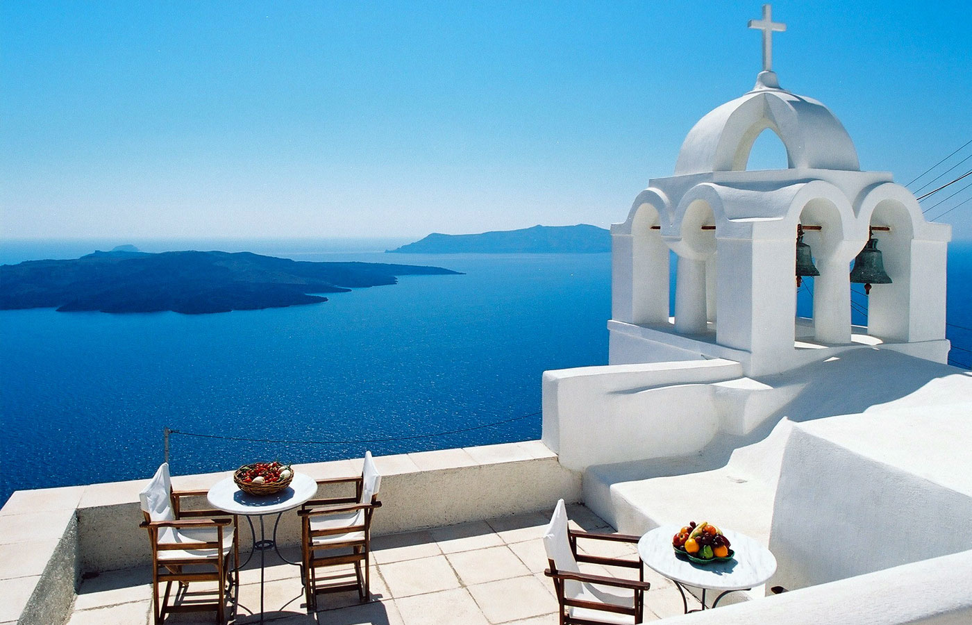 santorini-greece-photo