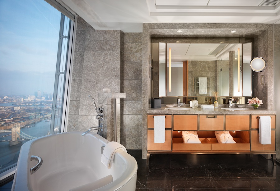 First look at shangri la london at the shard for Shangri la bathroom