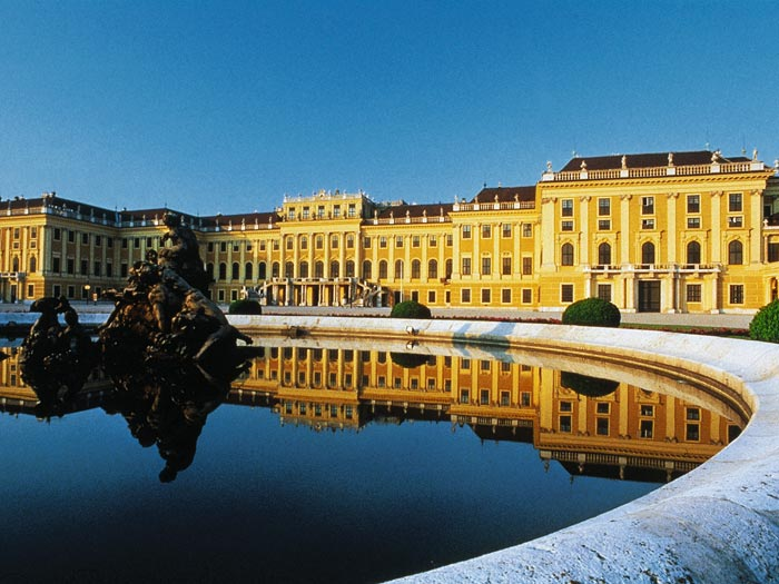 vienna-romantic-cities